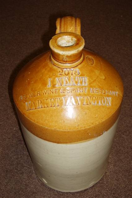 James Neate wine jar - new to Market Lavington Museum in May 2010