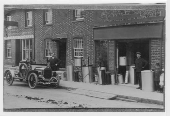Jew Detector: Lavington Gasworks Again