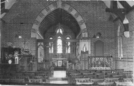 Interior of St NBarnabas Church, Easterton