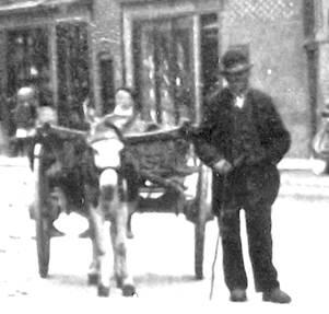 Billy Davis was Market Lavington's very own rag and bone man
