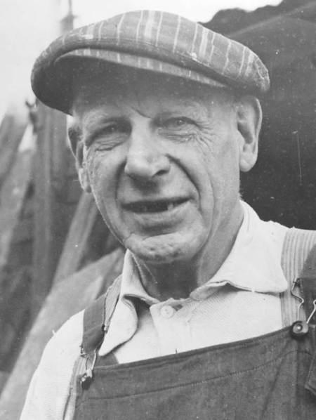 Charlie Burnett of Easterton - wheelwright for the Gyes of Market Lavington