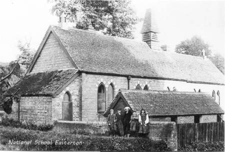 Easterton School in the early years of the twentieth century