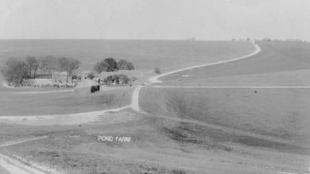 Pond Farm, Easterton in about 1908