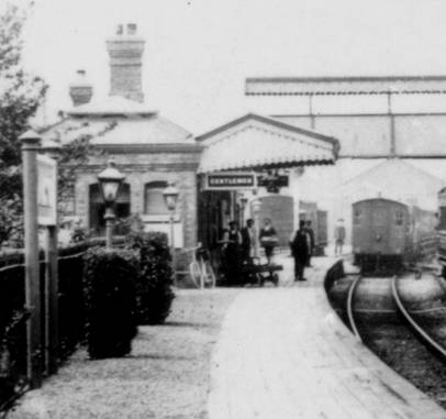 Lavington Station building and yard