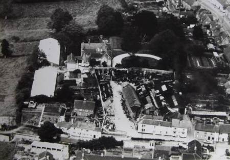 Photo dating from about 1960 showing Ivydene and the old Vicarage in Market Lavington