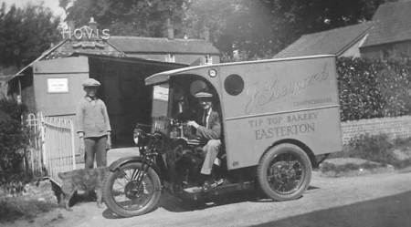 Tip Top Bakery van in Easterton - early 1930s