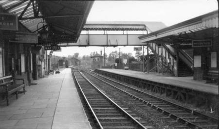 lavington Station in the 1930s