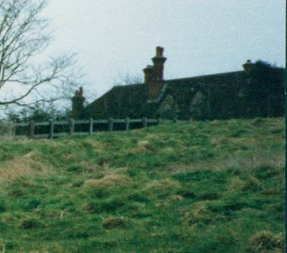 We can see the roof of The Old House in this 1992 photo