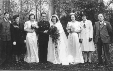 Wedding of Vera Burgess of Market Lavington to Derrick Firmager in 1945