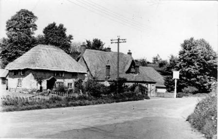Cottage and Royal Oak on Easterton Street in the 1950s.
