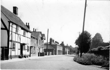 Easterton Street in about 1950