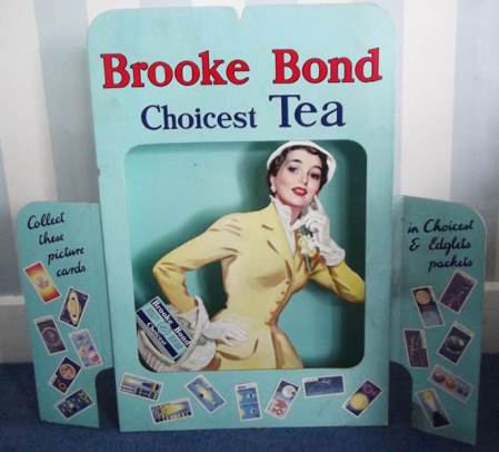 1956 advert for Brooke Bond Tea from Harry Hobb's shop on High Street in Market Lavington