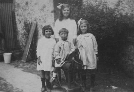 Four young Gyes of Market Lavington