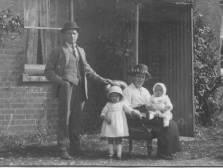 Are these people George and Mabel Cooper with two of their children?