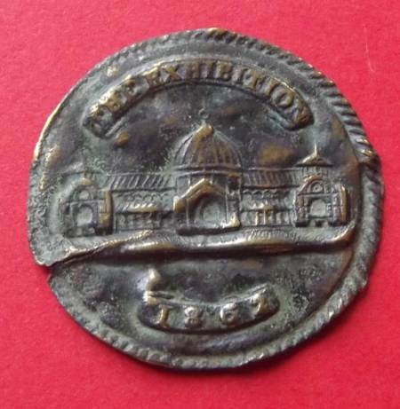 1862 International Exhibition medallion found in Market Lavington