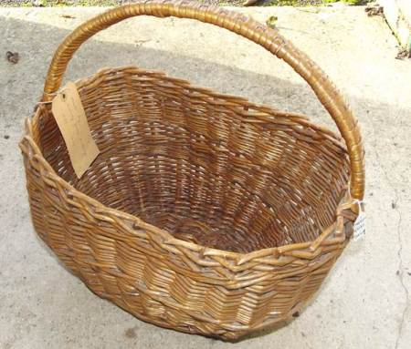Shopping basket made by Sid Mullings of Market Lavington in about 1950 and given to Market Lavington Museum by his daughter.