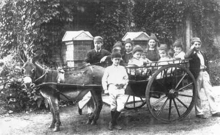 Children of Reverend Richard Allsopp, first Vicar of Easterton