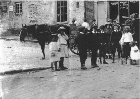 Goods arriving for sale in the Market Place - November 1915