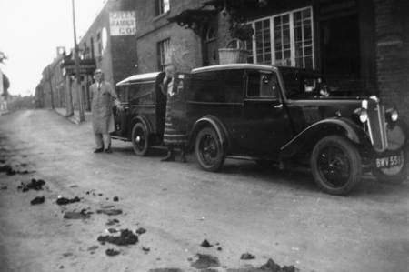 1930s butcher's vans in Market Lavington