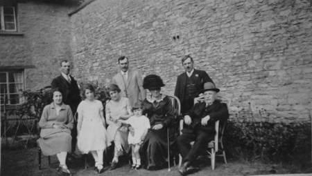 The Cooper family, possibly at new Farm, Market Lavington.