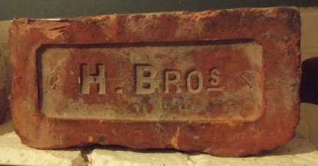 Early 20th century brick by Holloway Brothers - made at Market Lavington