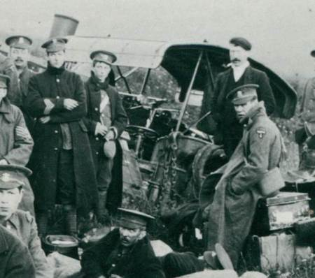 The traction engine with driver, believed to be Jimmy Oram