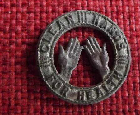 Clean hands for health badge (ca 1926) found in Market Lavington