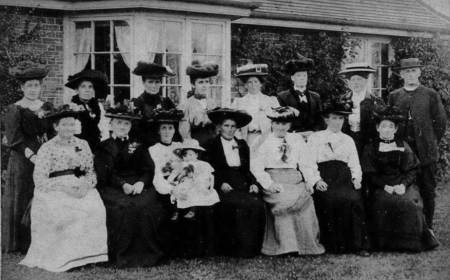 Elizabeth Annie Cooksey with the baby. But who are all the others? A larger version of the photo can be seen by clicking on this one.