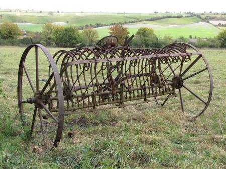 Hayrake used by the Williams family of Easterton