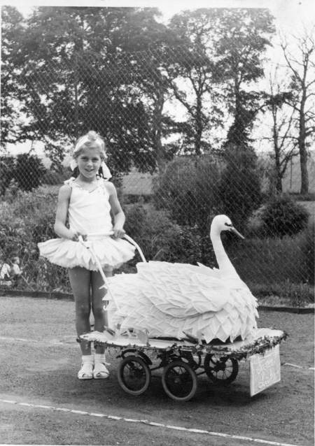 Swan Lake - an entry in an Easterton Carnival?
