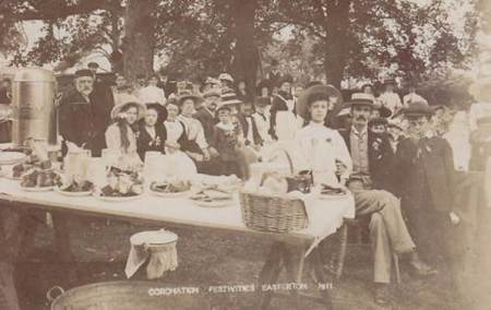 Celebrating the 1911 coronation in Easterton