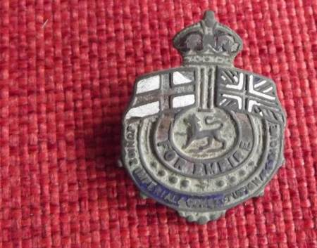 Almost inevitably, wearers of this badge were known as Junior Imps!