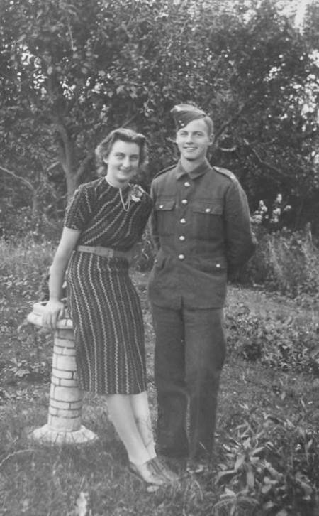 Peggy and Tom Gye in about 1940