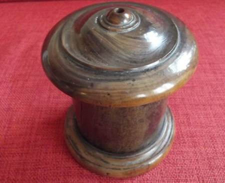 Victorian string box which belonged to the Cooper family of Parsonage Lane