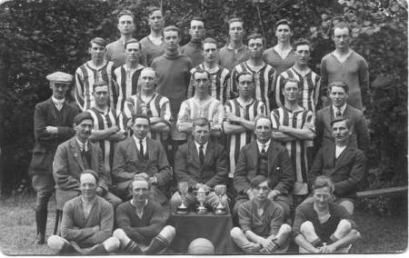A football squad - but which team is it and when?