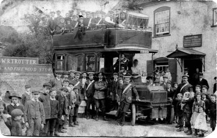 Market Lavington band and bus in 1912