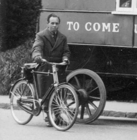 One man and his bike - might this help date the picture?