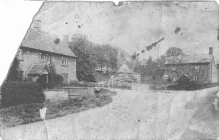 The Halstead Farm end of Easterton Street