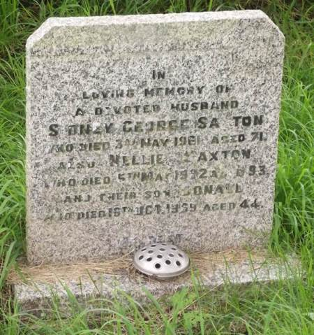 Grave of Sidney and Nellie Saxton